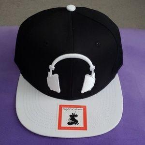 Knight N Armor Headphones Black White Hat Cap